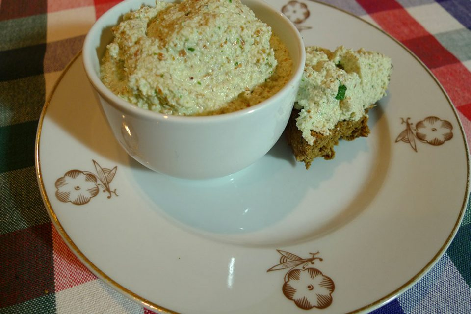 Almond dip makes a tasty snack, a great spread on on toast or dolloped on top of chillies and stews.