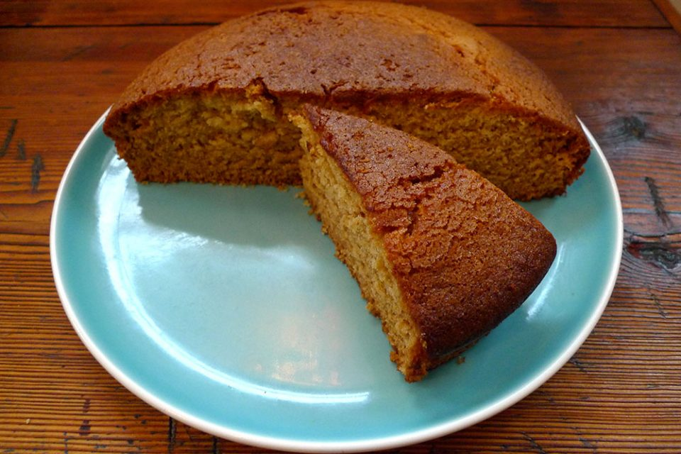 Orange cake: an instant favourite.